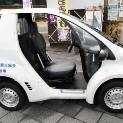 電動一人乗り自動車