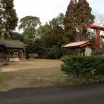 上方神社斜景